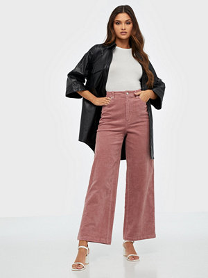 Gina Tricot omönstrade byxor Fia Corduroy Trousers Rose