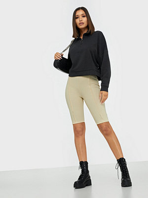 NLY Trend I Am On Vacay Shorts