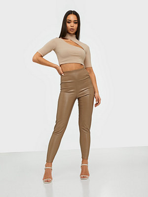 NLY One bruna byxor Leather Look Slim Pant