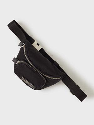 Handväskor - Calvin Klein Primary Mini Waistbag