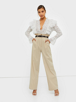 NLY Trend omönstrade byxor Straight Paperbag Pants