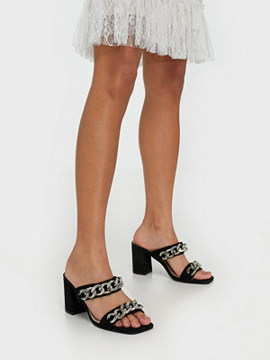 Pumps & klackskor - NLY Shoes Chunky Chain Sandal