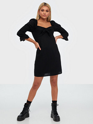 Glamorous Half Sleeve Knot Dress