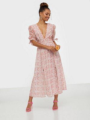 Festklänningar - Glamorous Half Sleeve V Neck Midi Dress