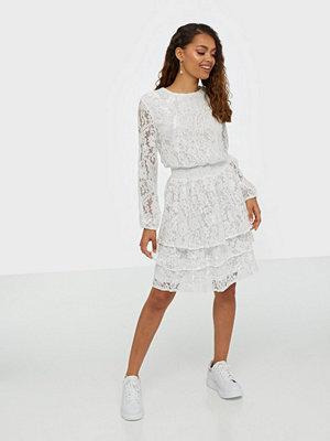 Sisters Point Nicoline Lace Dress