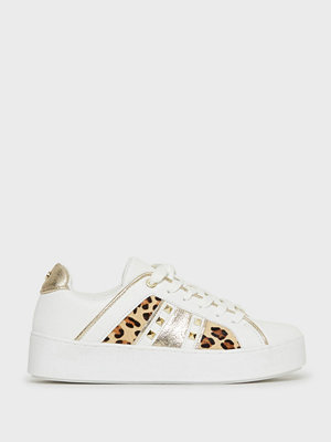 Sneakers & streetskor - River Island Triangle Stud Lace Up