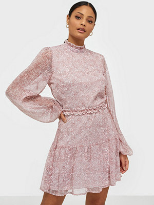 NLY Trend Volume Sleeve Frill Dress