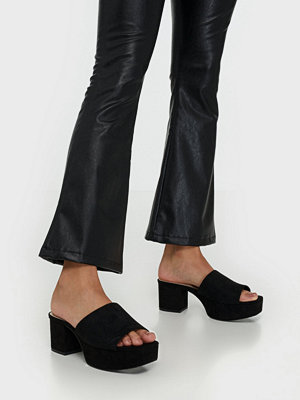 NLY Shoes Low Platform Mule Svart