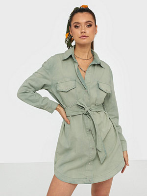 Missguided Belted Oversized Denim Dress