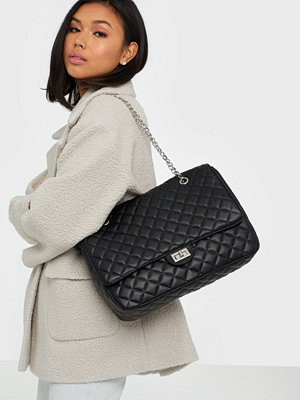 NLY Accessories svart axelväska Whenever Wherever Bag