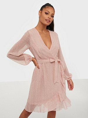 Sisters Point Greto Long Sleeve Dress