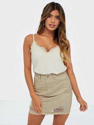 NLY Trend Ripped Mini Denim Skirt