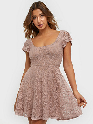NLY One Your Pretty Lace Dress