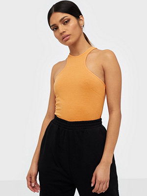 NLY Trend Sport Cut Top