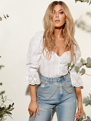 NLY Trend Button Embroidery Top