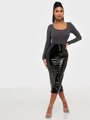 NLY One Midi Vinyl Skirt