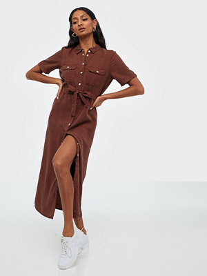 Noisy May NMCERSEI S/S ENDI BUTTON DRESS BG