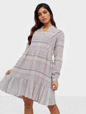 Vero Moda Vmhazel Ls Short Dress Wvn