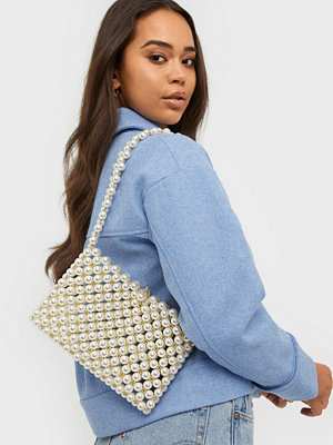 NLY Accessories mönstrad axelväska All That Pearl Bag