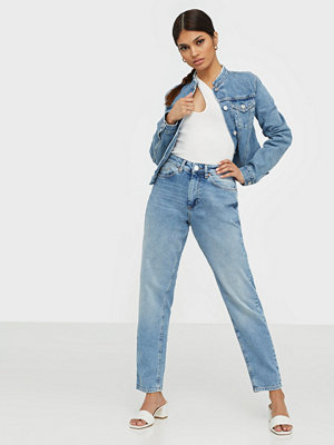 Only Onlveneda Life Mom Jeans REA7452