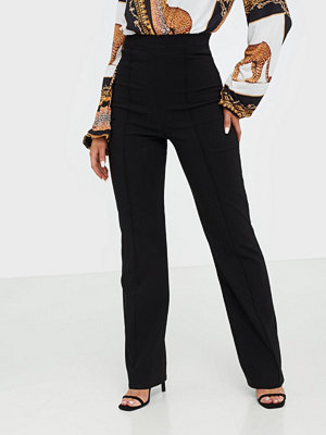 NLY One svarta byxor Straight High Waist Pant