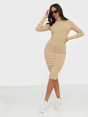 NLY Trend V Skirt Rib Set