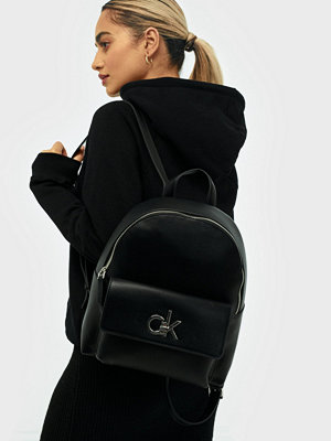 Calvin Klein svart ryggsäck Re-Lock Backpack Sm