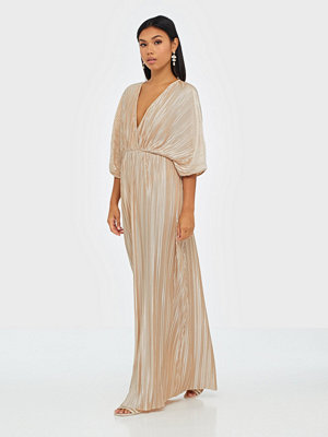 NLY Eve Pleated Kimono Gown
