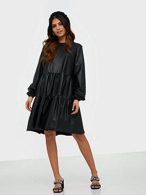 Pieces Pchannah Ls Dress D2D