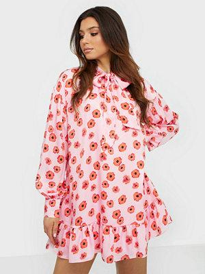 Glamorous Long Sleeve Flower Dress