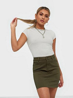 Kjolar - Vero Moda Vmhot Seven Mr Short Skirt Color