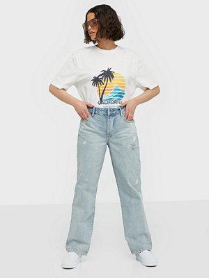 Jeans - One Teaspoon Kansas Truckers Mid Rise Jeans