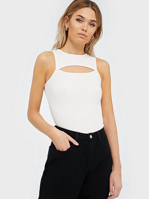 NLY Trend Cut Out Top
