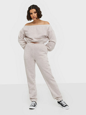 NLY Trend ljusgrå byxor Cozy Sweat Pants