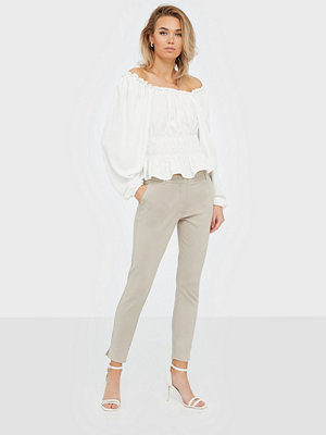 Selected Femme omönstrade byxor Slfmuse Fie Cropped Mw Pant- Dove B