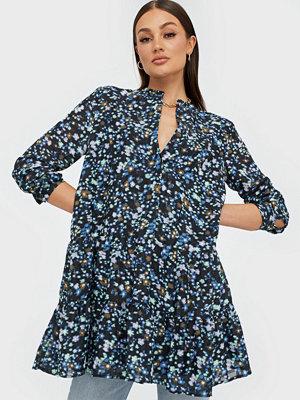 Envii Enmagic Ls Sh Dress Aop 6716