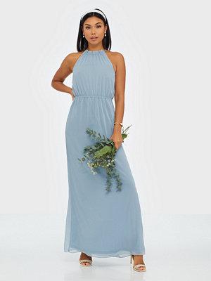 Festklänningar - NLY Eve Pretty Flounce Gown