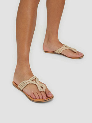 Pieces Psaida Leather Sandal