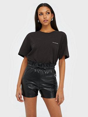 NLY Trend Tie Waist Pu Shorts