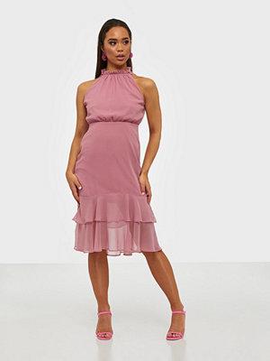 NLY Trend Pretty Flounce Dress