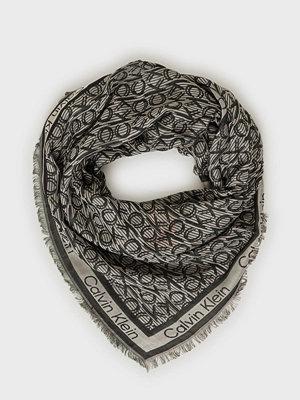 Halsdukar & scarves - Calvin Klein Ck Mono J Scarf 130x130