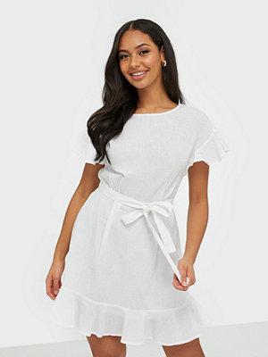 Festklänningar - NLY Trend Frill Dreamer Dress