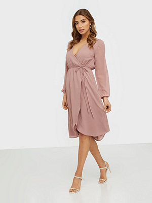 NLY Trend Wrapped Midi Dress Dusty Rose