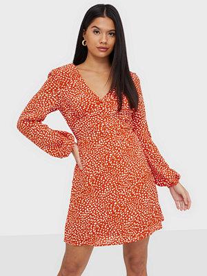 Glamorous V Neck Mini Dress