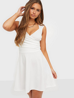 NLY One Flowy Wrap Bust Skater