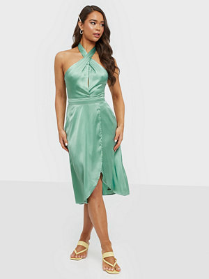 NLY Trend Lovestruck Halterneck Dress
