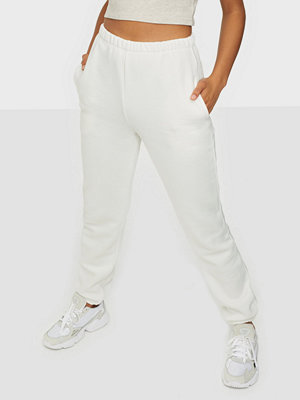 NLY Trend vita byxor My Perfect Cozy Joggers