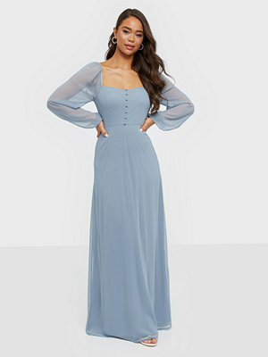 NLY Eve Sweetheart Puff Sleeve Gown