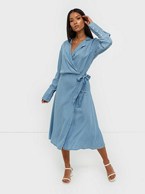 MOSS Copenhagen Philippa LS Wrap Dress