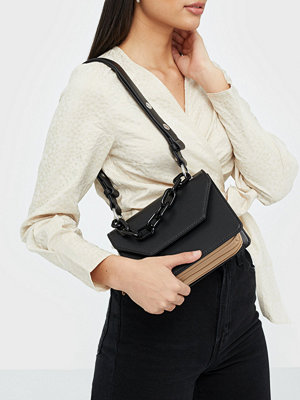 Unlimit svart axelväska Shoulder bag Nelly